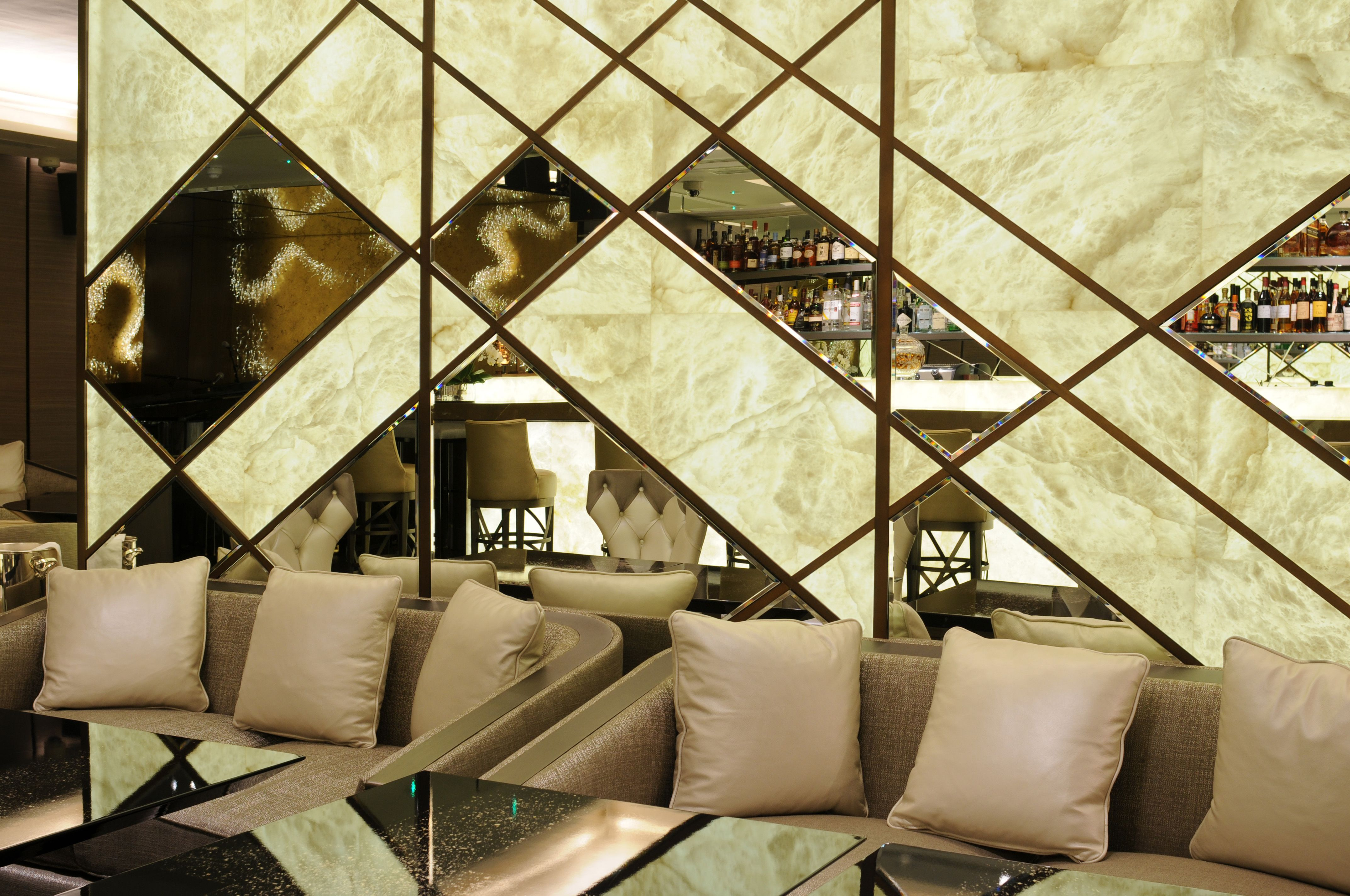 Alabaster sheets decorate the walls of the Quattro Passi restaurant ...