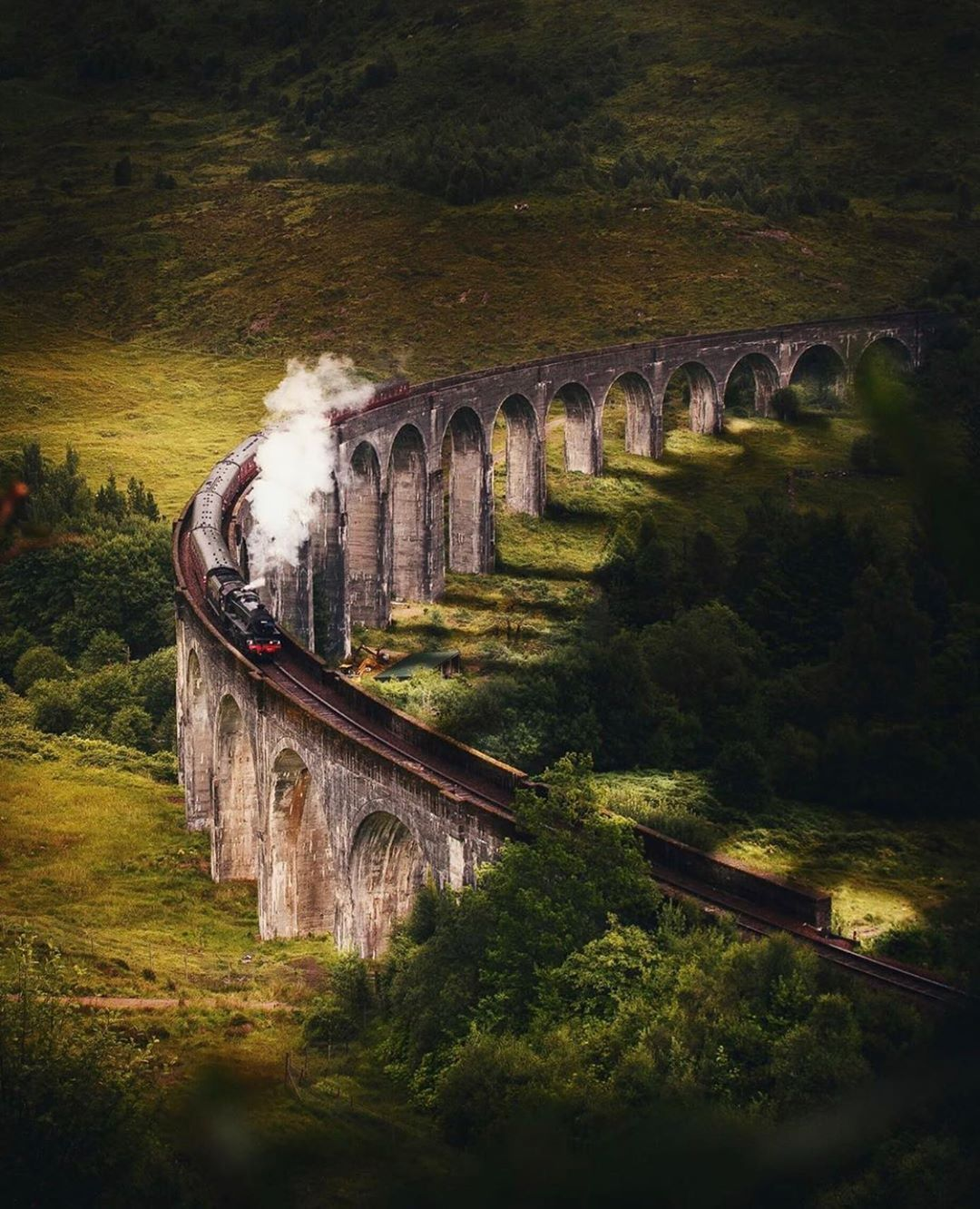 Have You Ever Been On This Train The Hogwarts Express This Train Is Well Known In Scotland And It S Easy To See Why Congratulations To