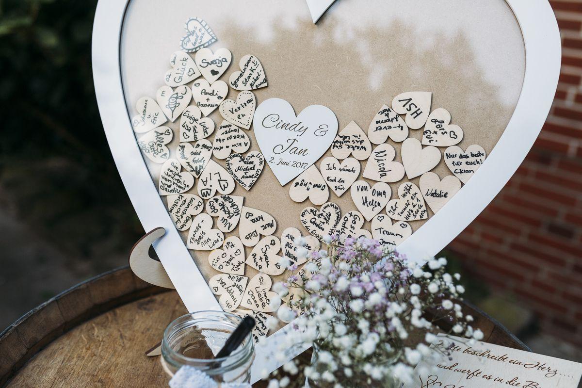 l ssige gartenhochzeit mit freier trauung hochzeitsdekoration i wedding decoration pinterest. Black Bedroom Furniture Sets. Home Design Ideas