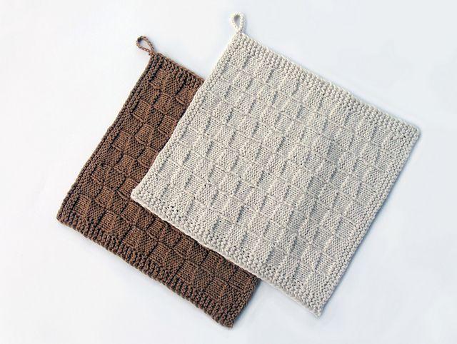 Ravelry: DK Weight Basket-Weave Dishcloths pattern by Karyn Bonfiglio