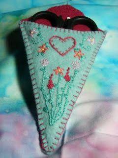 Instant Download Pattern Embroidered Felt Pocket Tissue Case