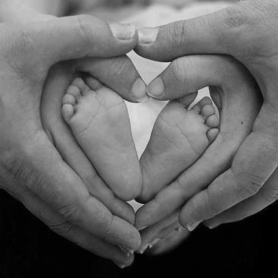 Cute mommy daddy baby photo shoot idea ))This would be cute--That is, if Bre and Nick could handle making hearts w/ their hands!!! LMAO))