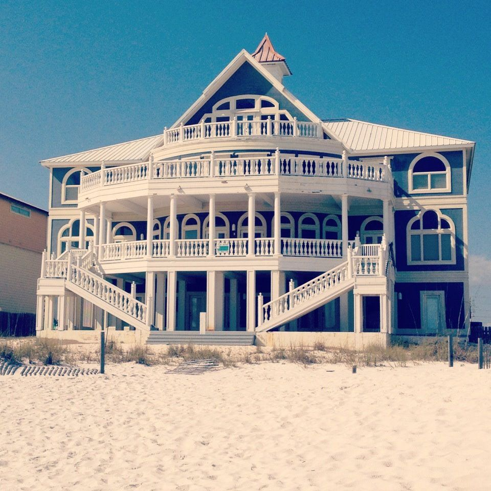 the prettiest house i've ever seen. in Orange Beach, Alabama.