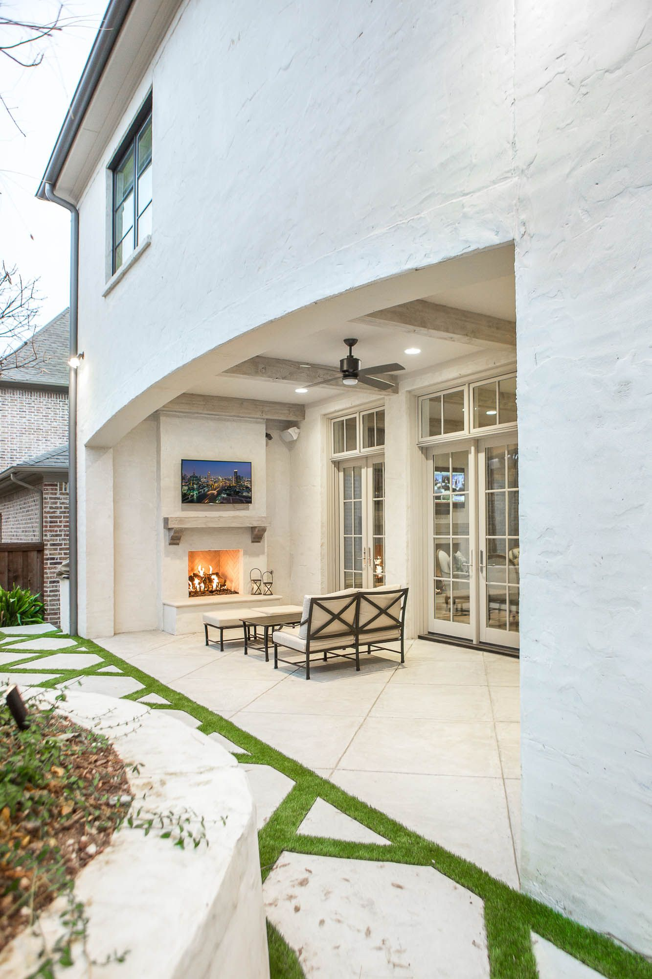 Covered patio with outdoor fireplace | Platinum Series by ... on Platinum Outdoor Living id=42919