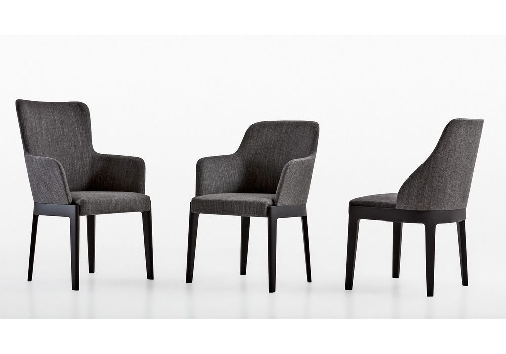 Chelsea chair with armrests molteni c furniture for Molteni furniture