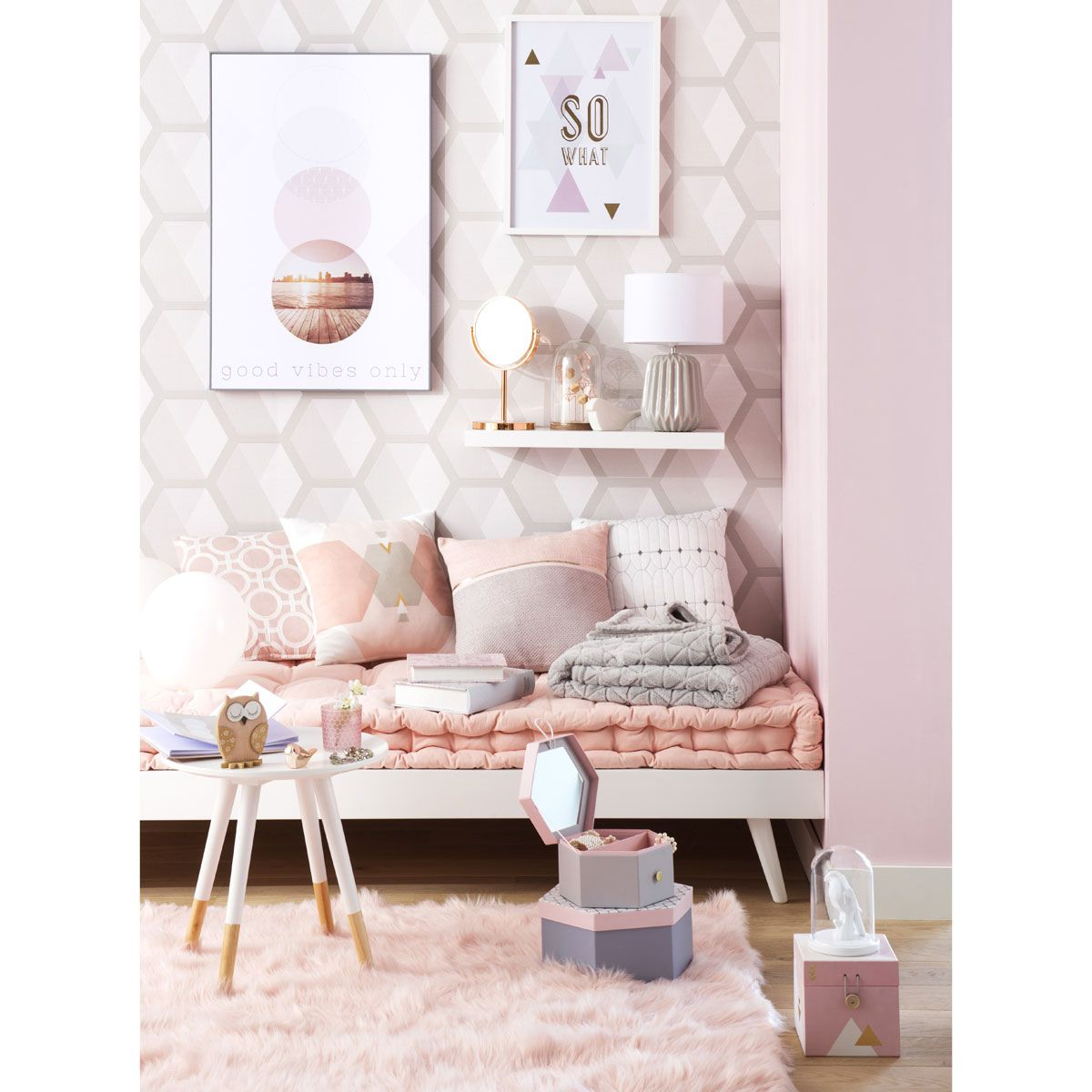 housse de coussin en coton rose 40 x 40 cm pastels hygge and exterior design. Black Bedroom Furniture Sets. Home Design Ideas