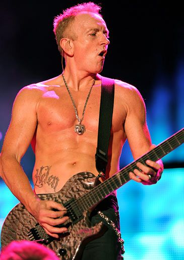 Pin By Ariela Zman On Musicians And Musical Instruments Phil Collen Def Leppard Phil