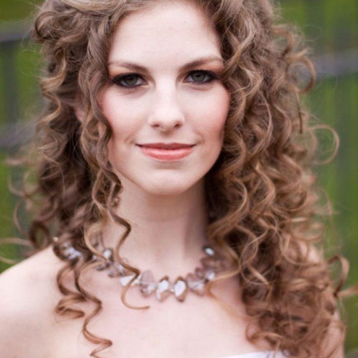 Wedding Hairstyles For Curly Hair Wedding Hairstyles For Curly Hair With Veil Wedding Hairstyles For Curly Hair Medium Wedding Hairstyles For Curly Hair 2013