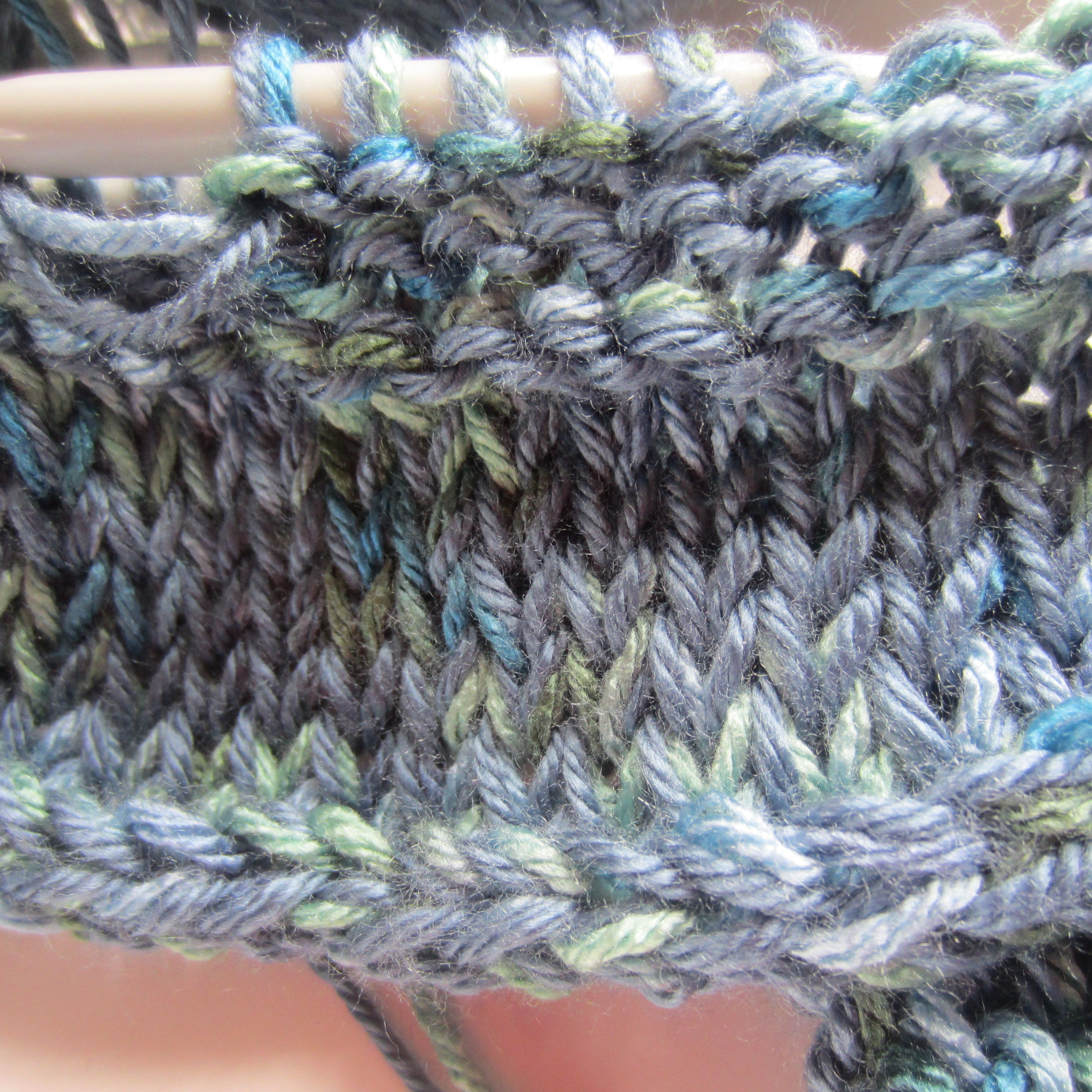 Finally, A Knit Project I Will Be Proud Of!  Accordion Cowl in Blue