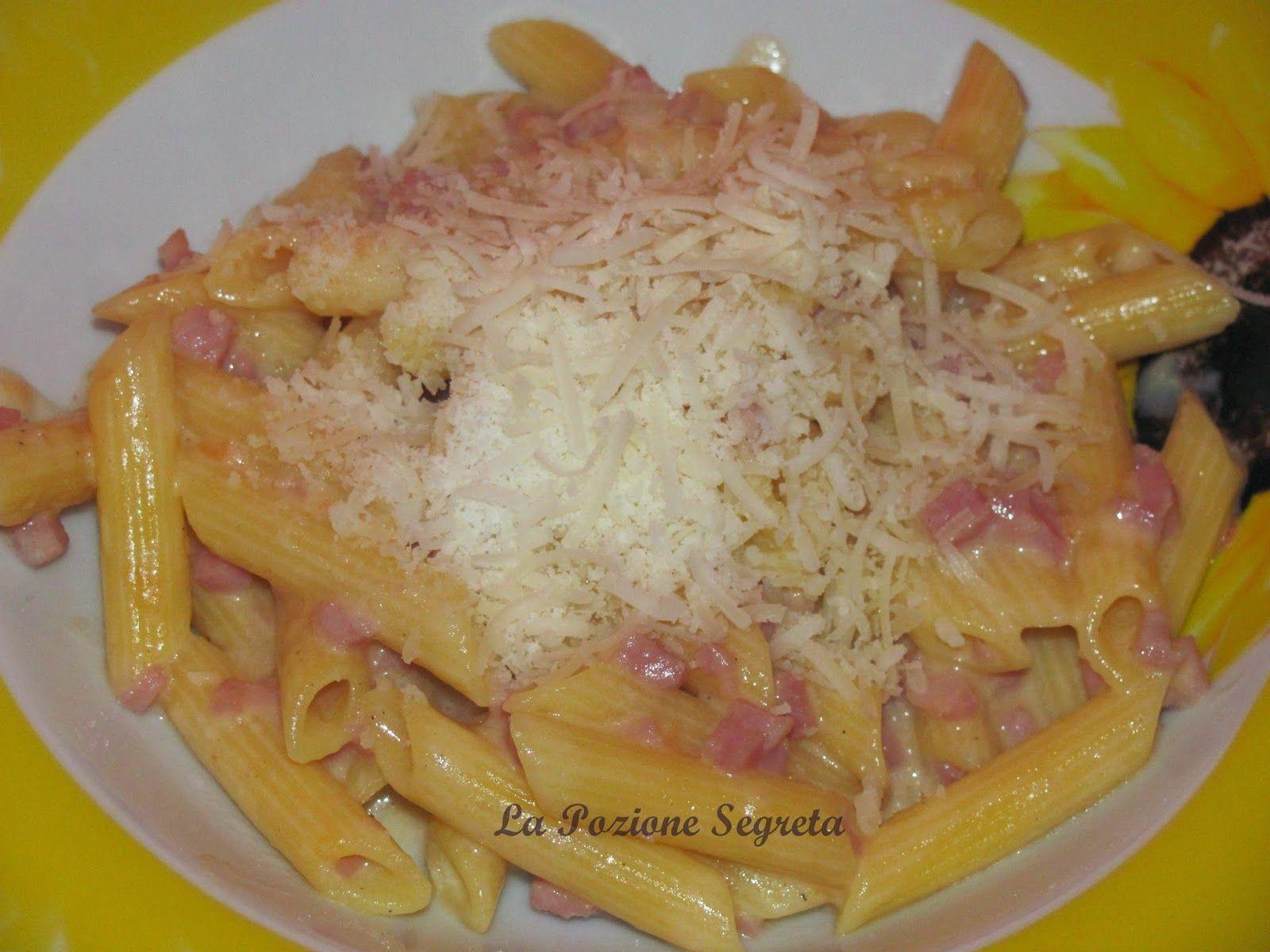 La Pozione Segreta: Pasta panna e prosciutto  http://lapozionesegreta.blogspot.com/2015/02/pasta-panna-e-prosciutto.html