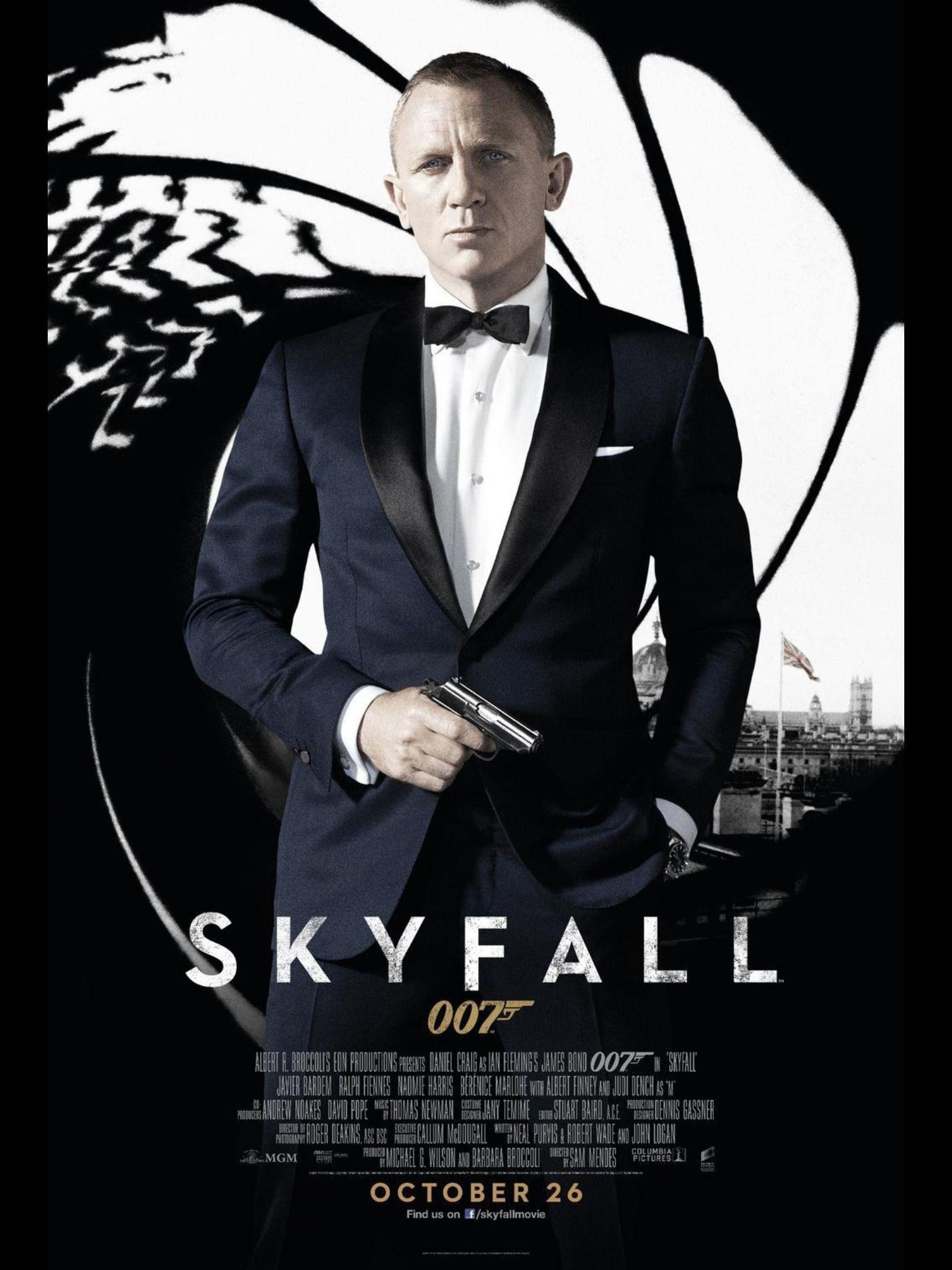 Pin By Christine Kidder On Movies James Bond Movie Posters