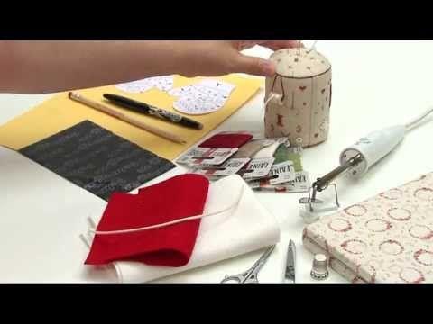 Fabriquer une décoration de Noël en feutrine - L'atelier Edisaxe