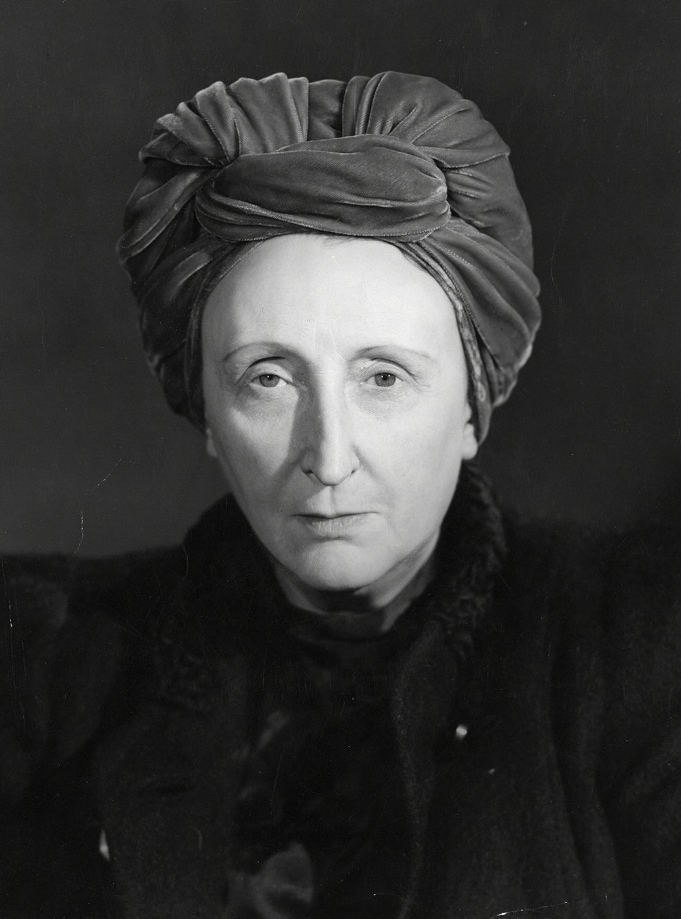 Dame Edith Sitwell photo #8724, Dame Edith Sitwell image
