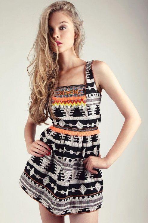 26b6a1f151f6 VESTIDO HUICHOL | things i would wear | Vestidos, Huichol y Tienda moda