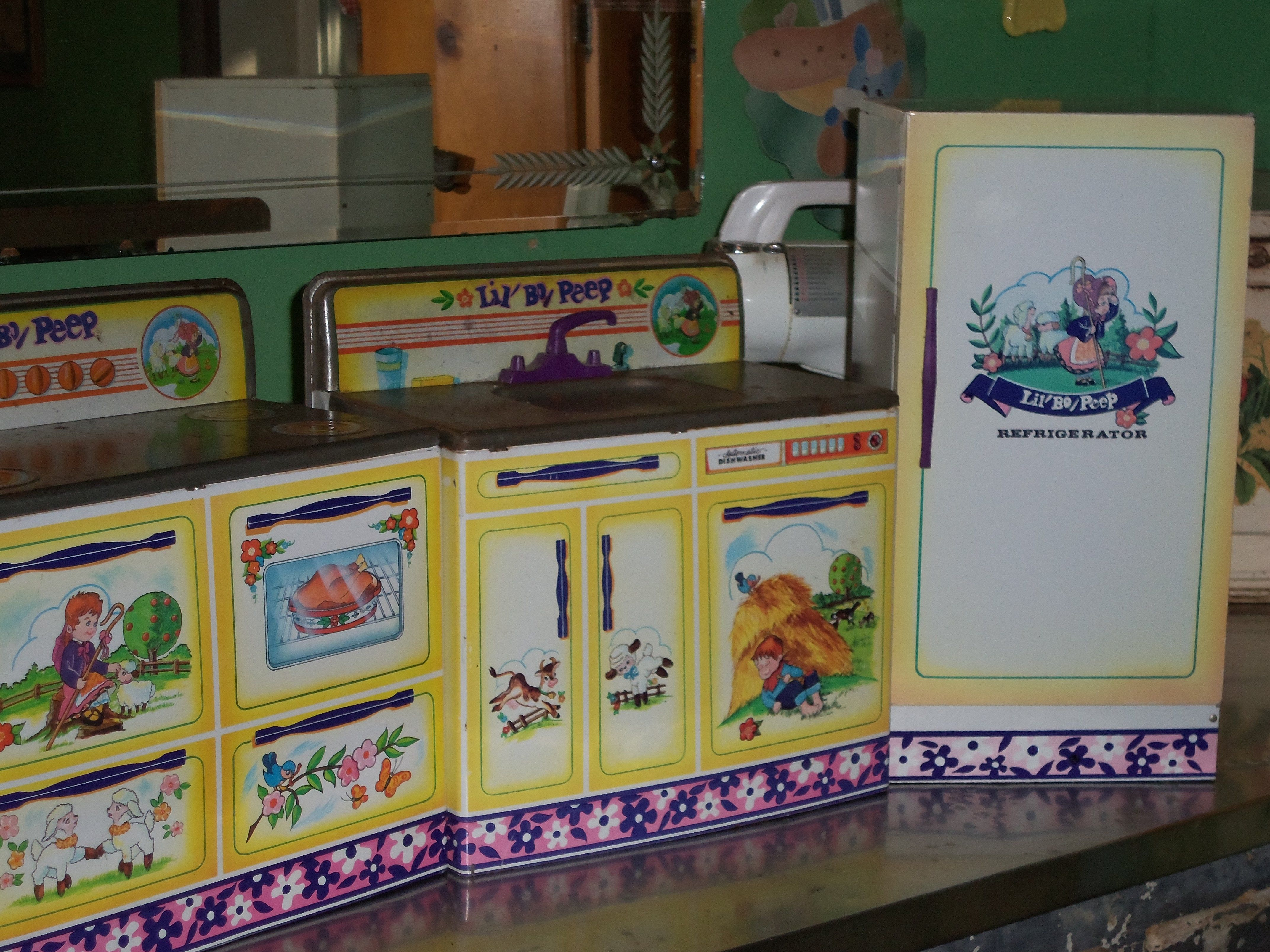 Kitchen Set Vintage Lilbopeep By Wolverine Toy It Features A Little Bo Peep Nursery Rhyme Theme With Flower Bird And Butterfly Images