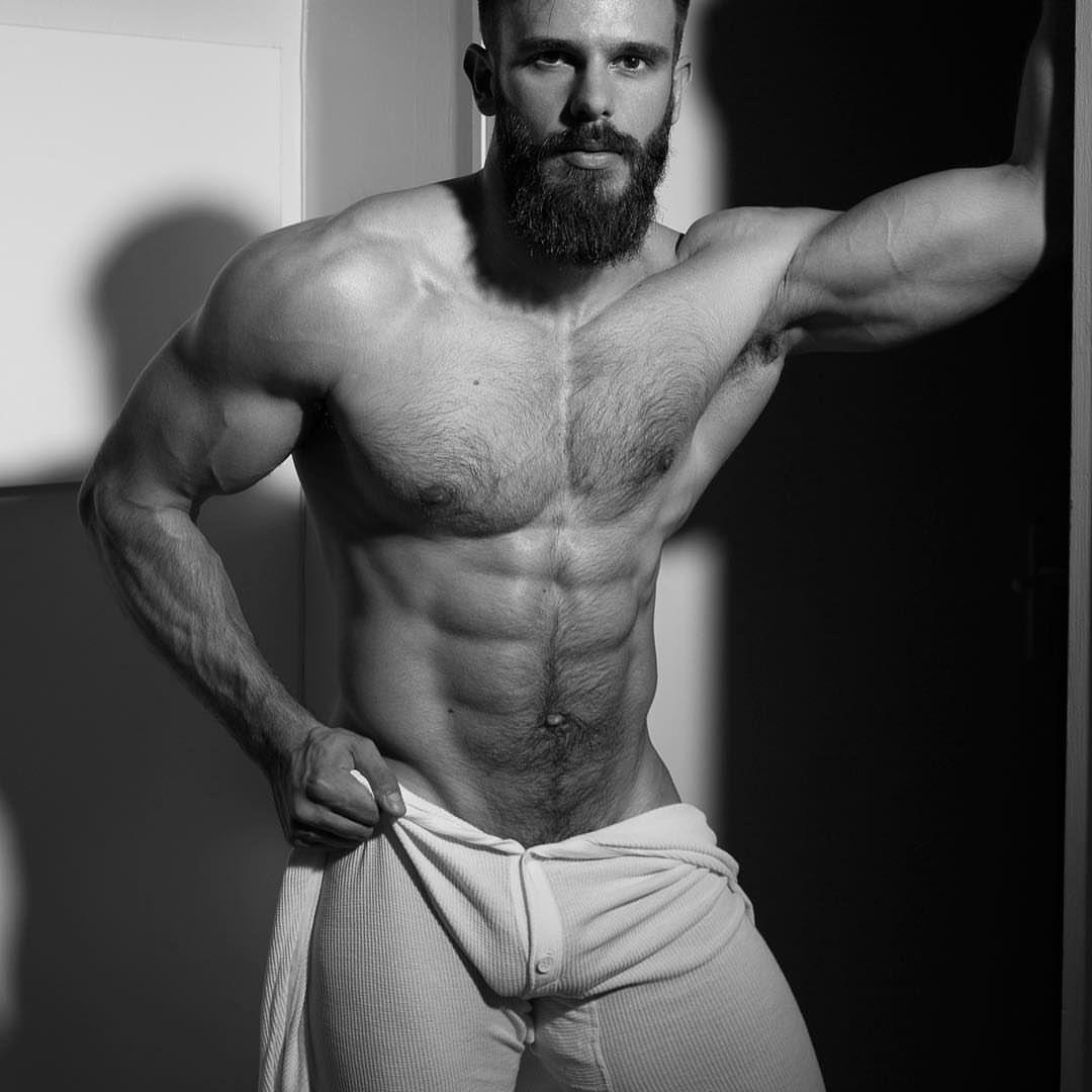 Who likes hairy men