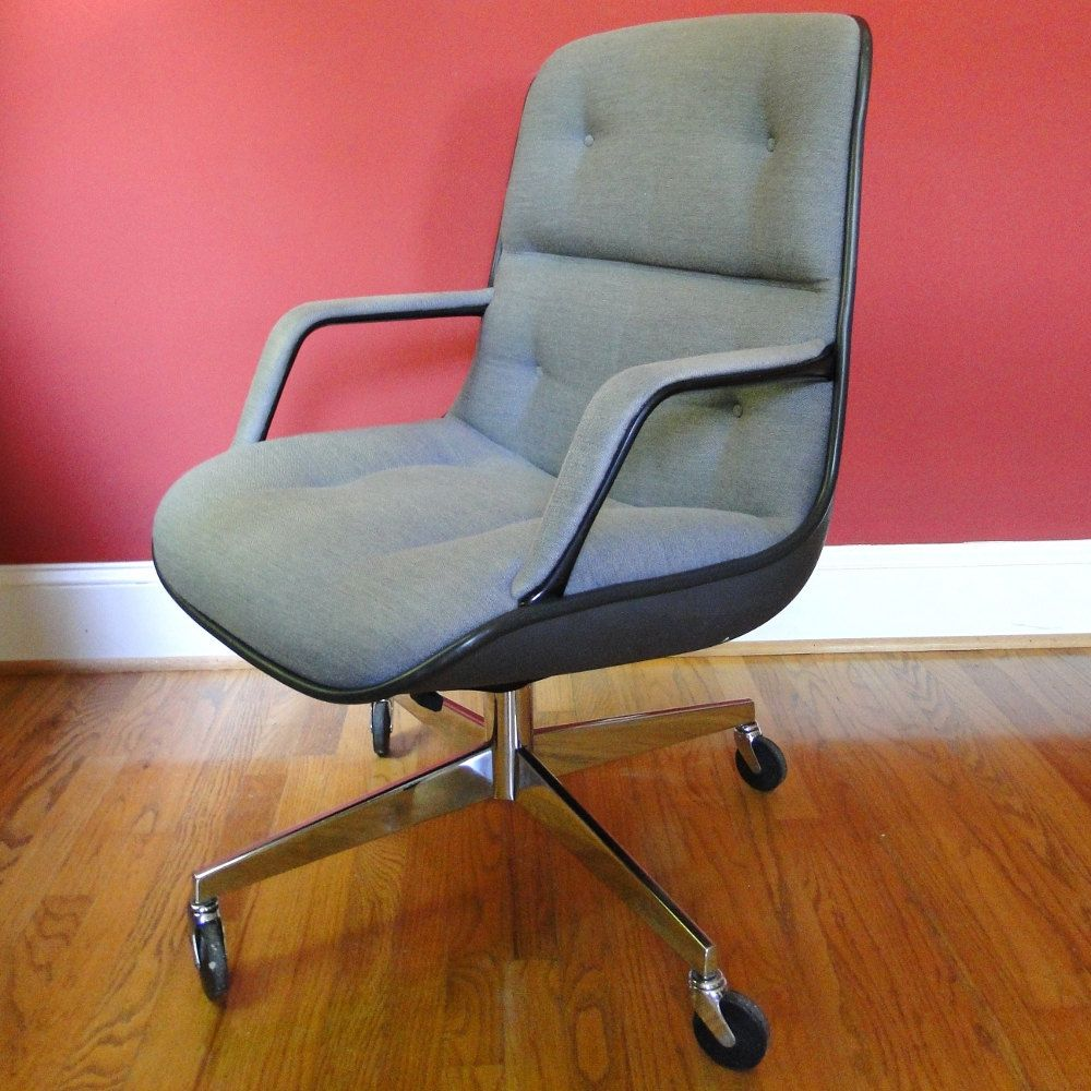 Vintage steelcase chairs - Steelcase Upholstered Swivel Chair