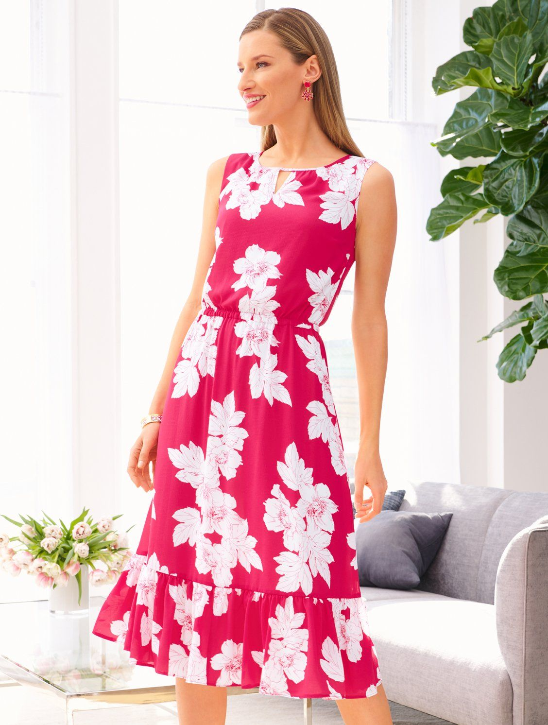 A Flowy Floral Dress Perfect For Dinner On The Town Or A Day Of Shopping The Flounce Hem Adds A Dose Of Fun To This Sof Summer Dresses Dresses Talbots Fashion [ 1492 x 1128 Pixel ]