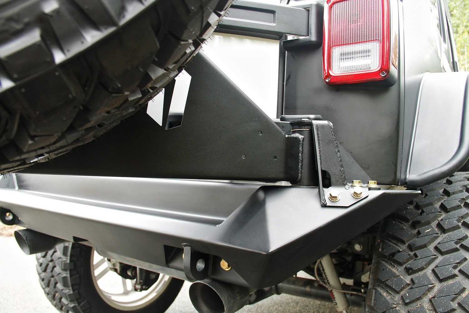 Pin by StreetsideAuto on Fab Fours Truck bed accessories