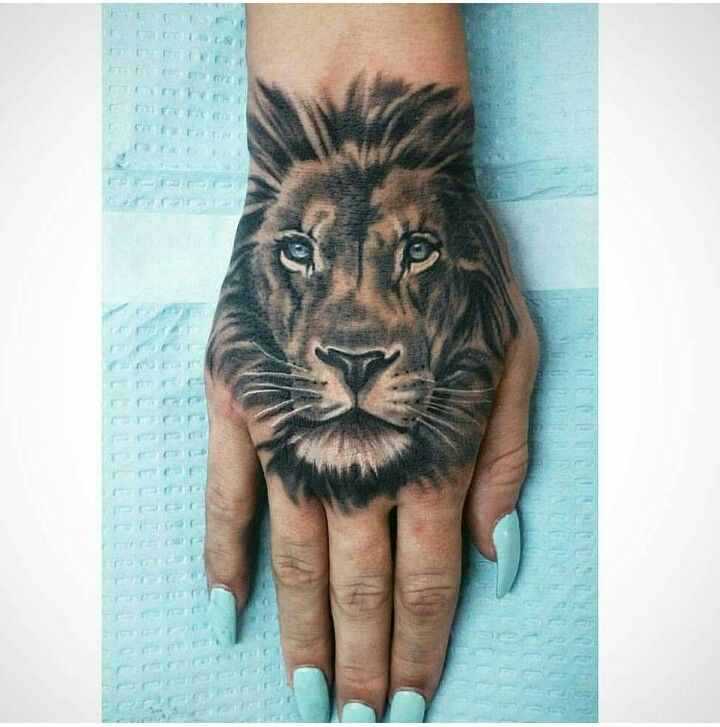 Love The Blue Eyes Lion Hand Tattoo Animal Tattoos Hand Tattoos