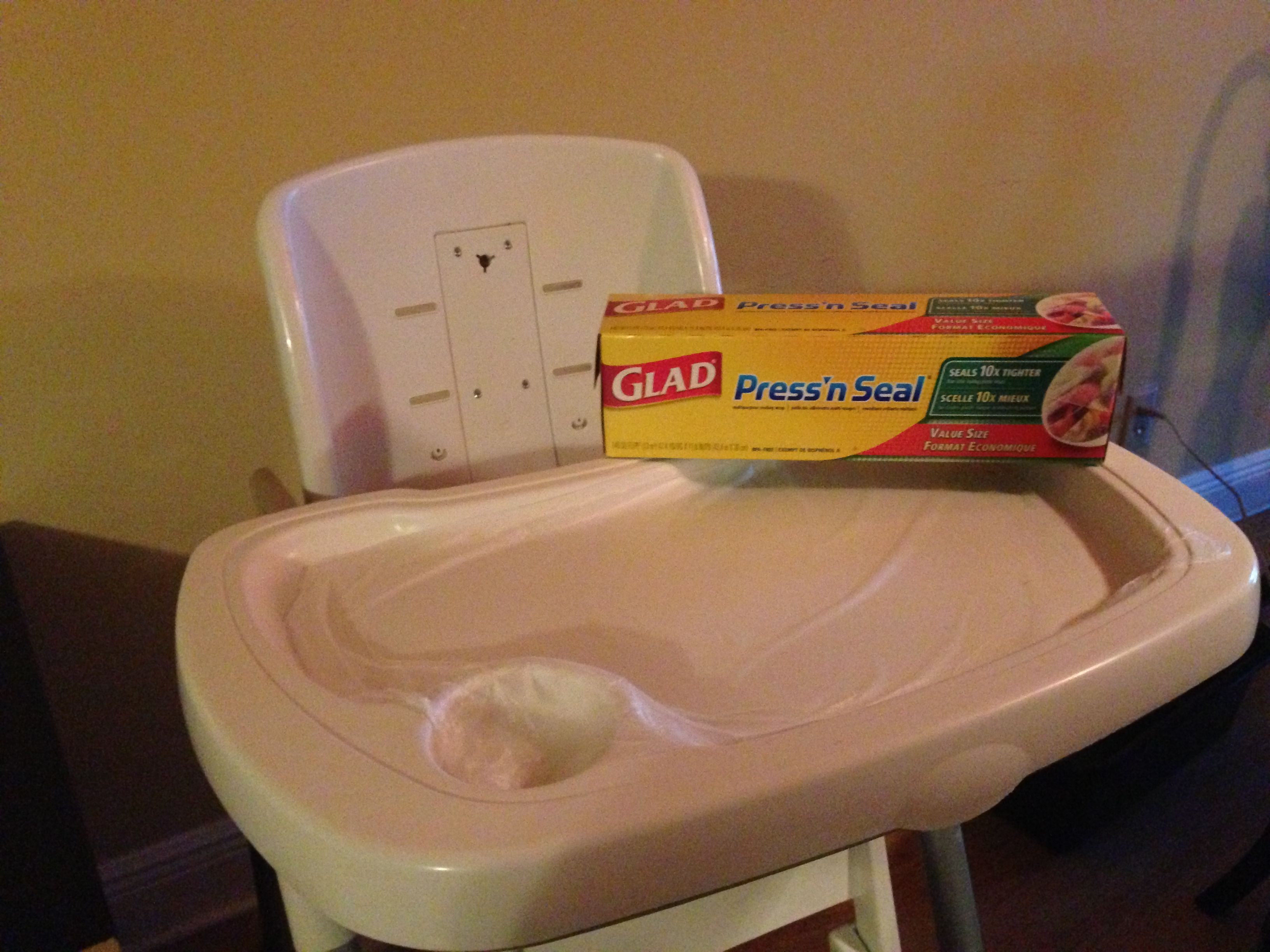 Add Glad Press n Seal to your high chair tray to quickly dispose