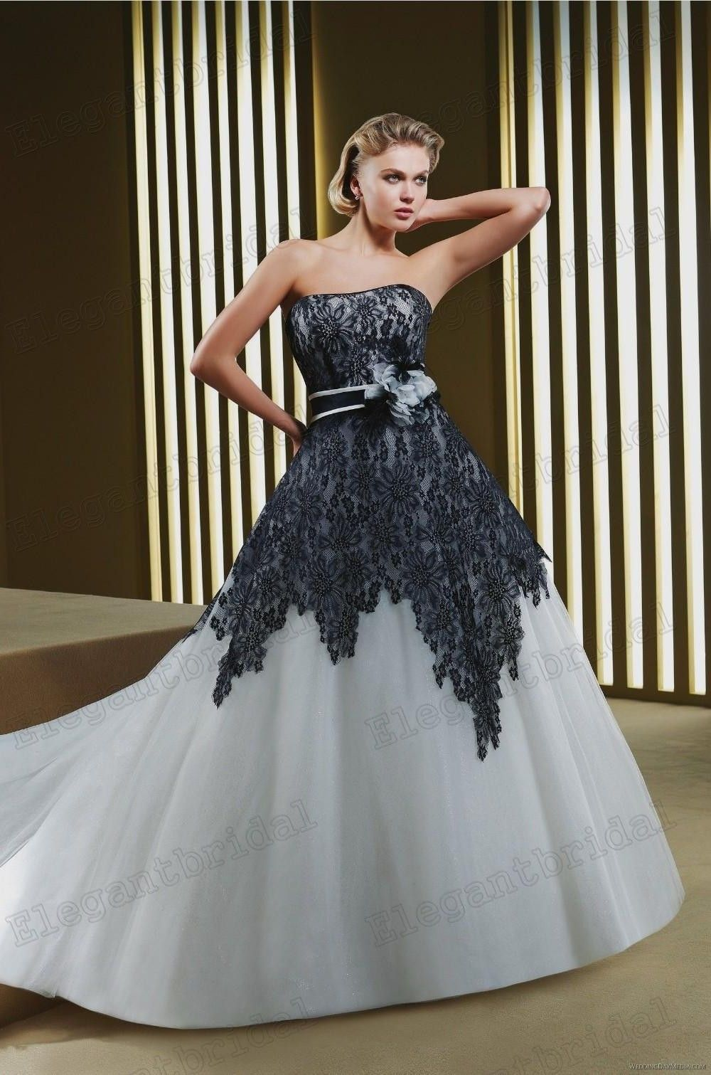Vintage Black And White Wedding Dresses Gothic Bridal Gowns Lace ...