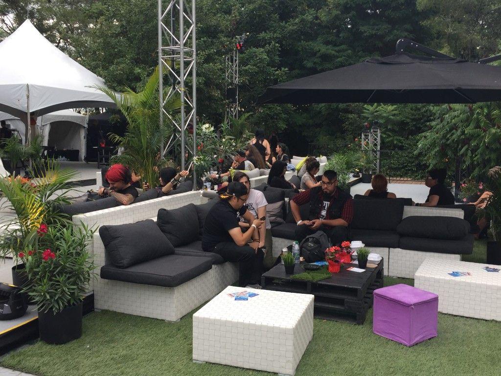 Resultats De Recherche D Images Pour Music Festival Lounge Vip Outdoor Furniture Sets Outdoor Decor Outdoor