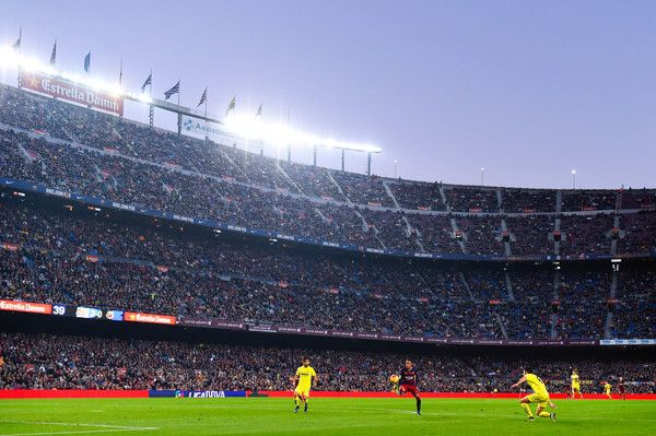 Neymar of FC Barcelona controls the ball to score his team's third goal during the La Liga match between FC Barcelona and Villarreal CF at Camp Nou on November 8, 2015 in Barcelona, Catalonia.