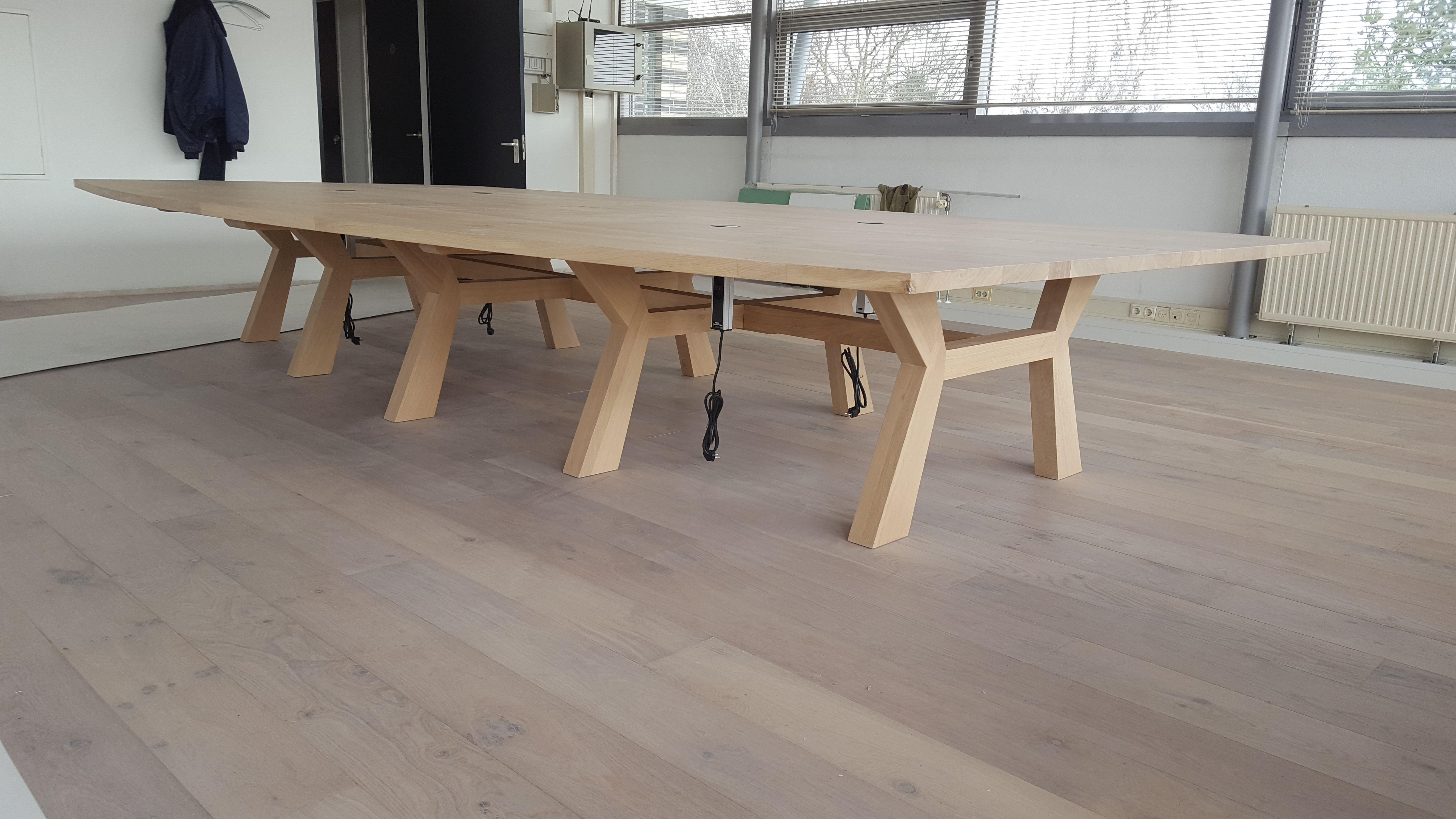 Boardroom tafel #woonkamer #woonkamerinspiratie #interieur ...