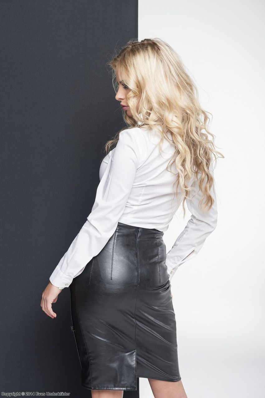Tales of a Leather Slut Wife