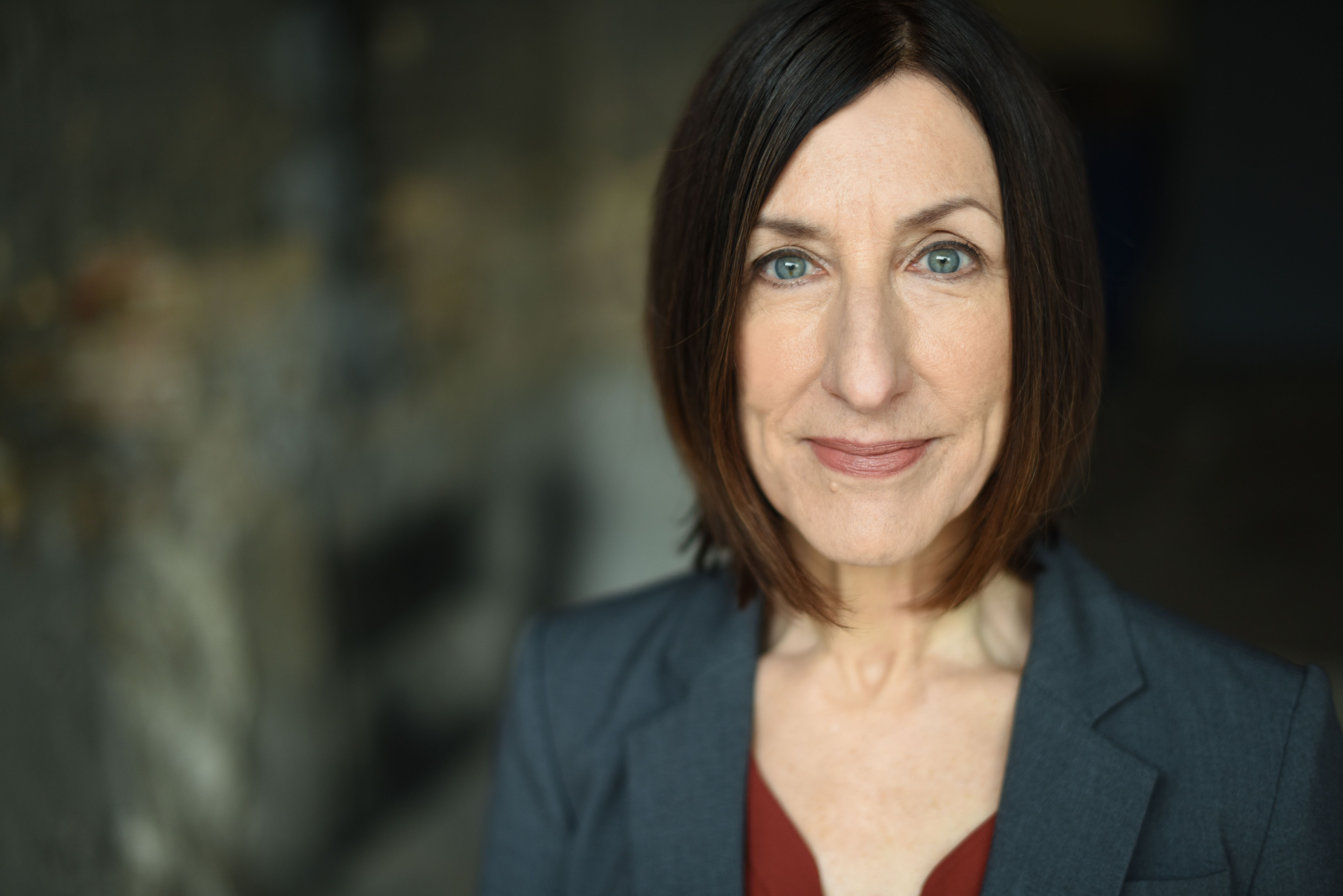 Julie Proudfoot as Lauren in VISITING