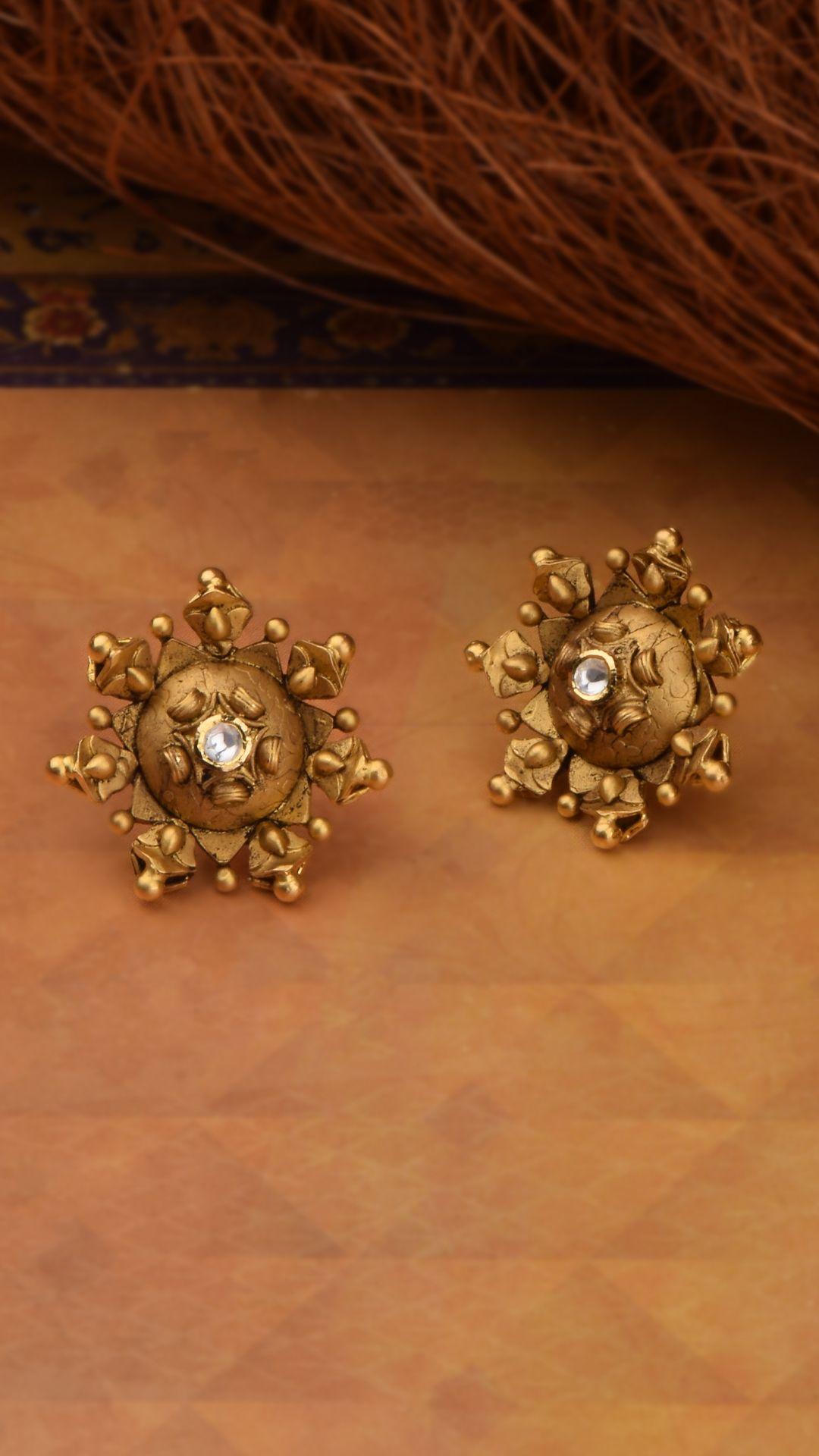 Idea By Veena Manjunath On Big Size Earrings In 2020 Gold Earrings Studs Gold Jewelry Fashion Earrings