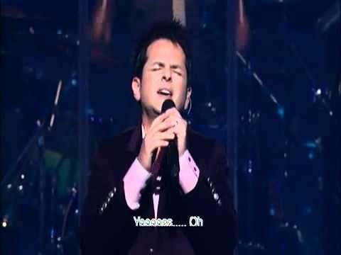 Al Que Esta Sentado En El Trono Acordes Piano Danilo Montero Ven A Este Lugar Letras De Canciones Cristianas Musica Cristiana Canciones Cristianas