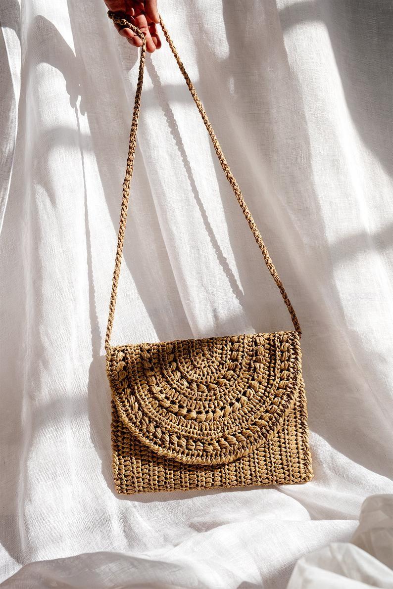 Crochet Raffia Clutch In Tan Straw Summer Bag Raffia Clutch Etsy Crochet Bag Raffia Bag Straw Summer Bag