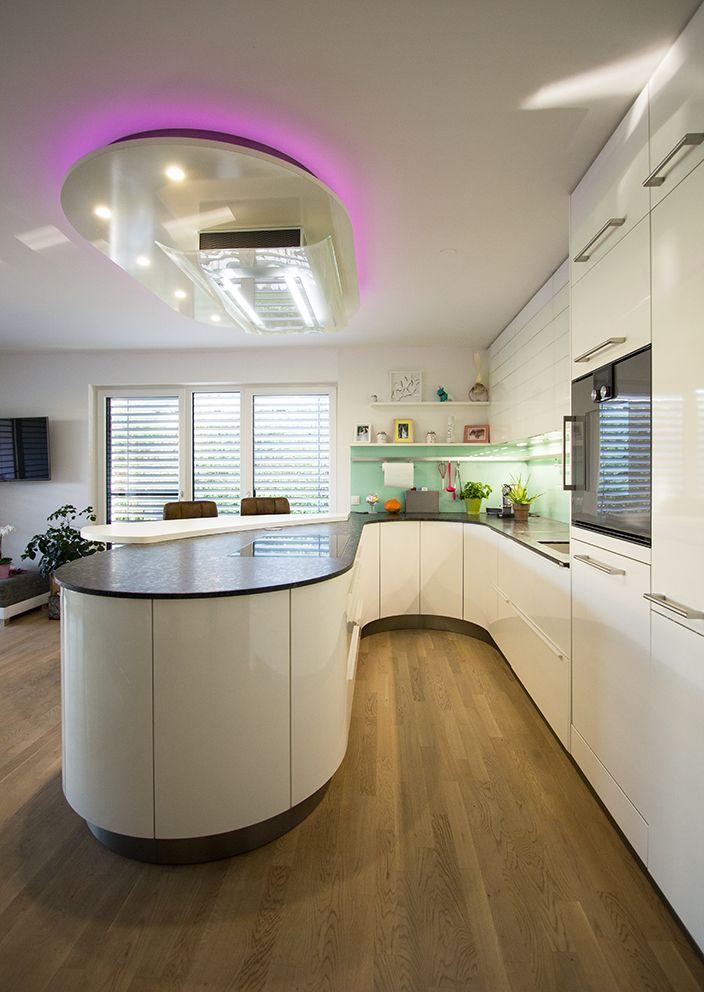 runde küche - runde kochinsel. deckengestaltung mit indirekter ... - Deckengestaltung Küche