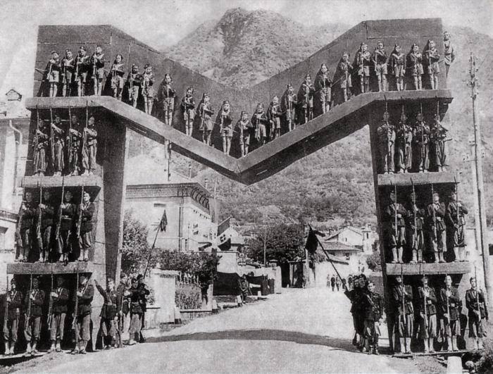 "1938: Mussolini's Giant ""M"" Gate"