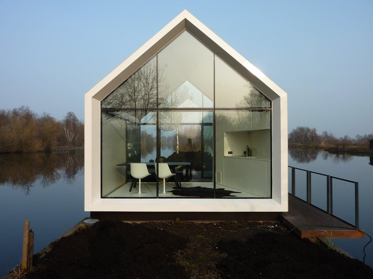 Compact Lakeside Holiday House In Loosdrechtse The Netherlands Island House Architecture Glass Cabin