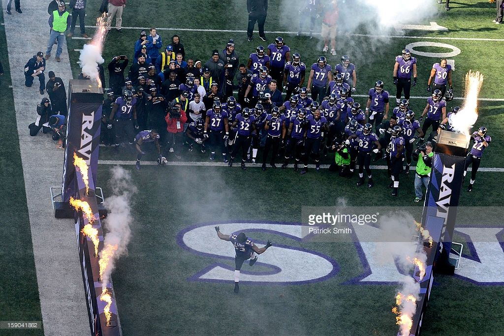 Ray Lewis of the Baltimore Ravens reacts in the fourth