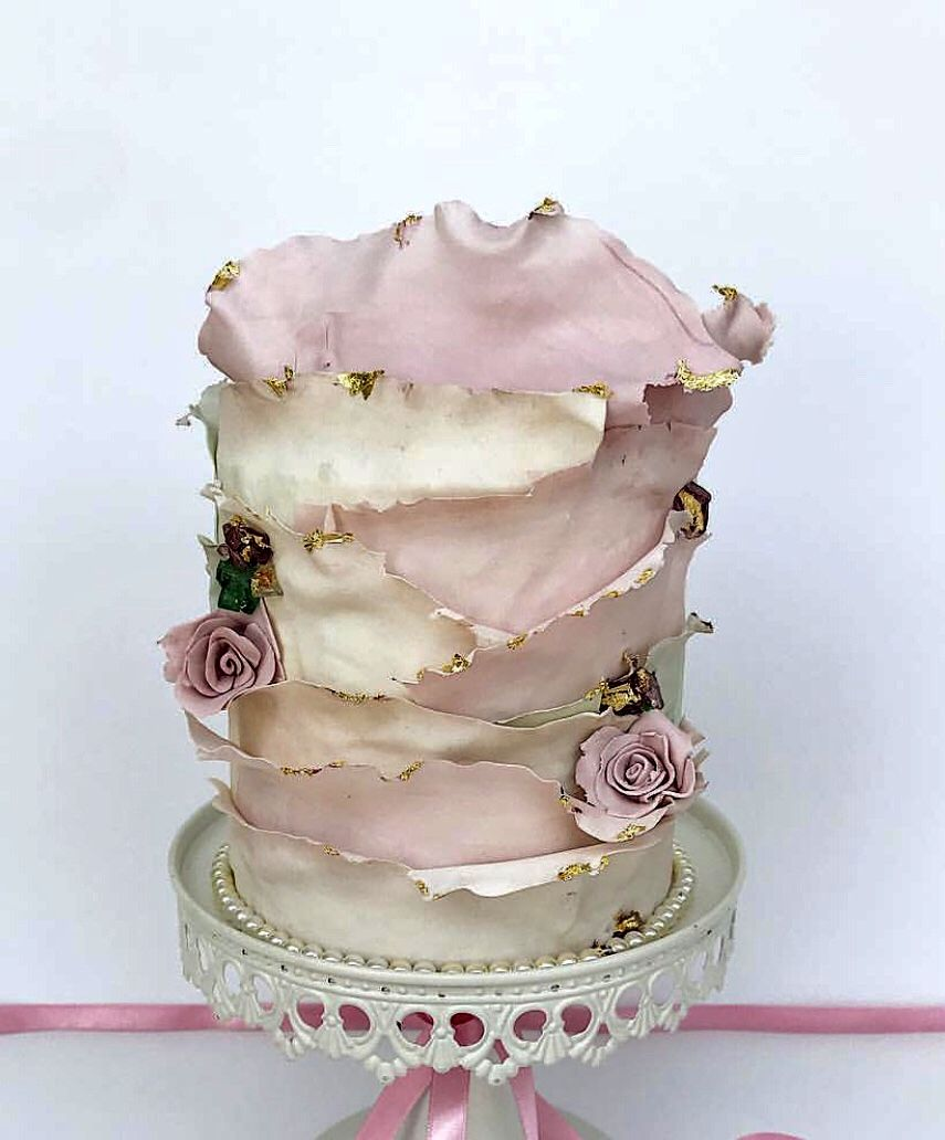 The Most Amazing Wedding Cakes Of 2013: Pin By Julie Guiragozian-Krajekian On Cakes In 2018