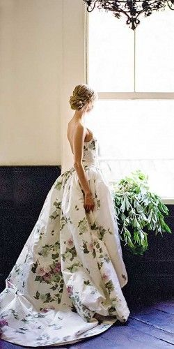 36 Floral Wedding Dresses That Are Incredibly Pretty | Floral ...