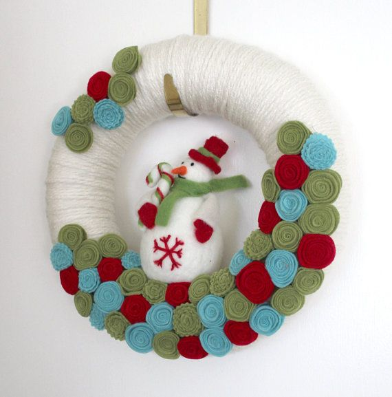 Snowman Wreath, Winter Wreath, Holiday Wreath, Felt and Yarn Wreath, 12 inch size - Ready to Ship