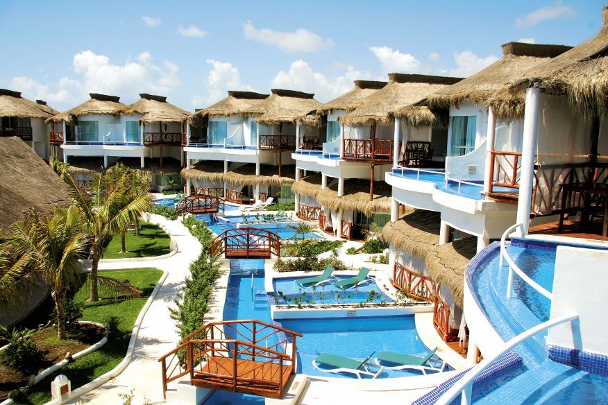 Hotels With Waterparks And Swim Up Rooms