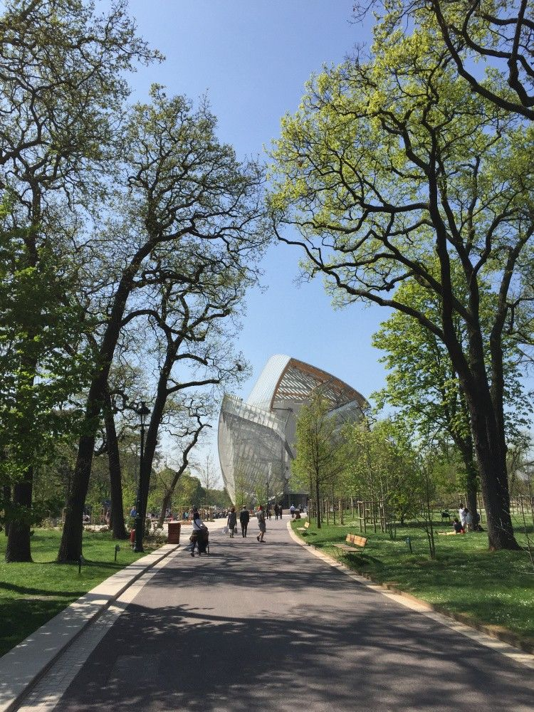 Fondation Louis Vuitton, Paris, France - Frank Owen Gehry