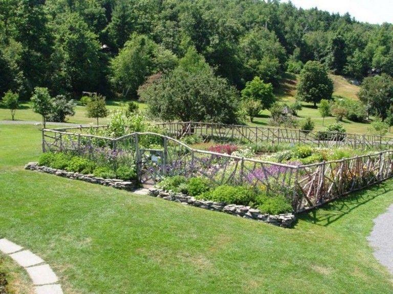 20 Amazing Vegetable Garden Fence Ideas Garden Fencing 400 x 300
