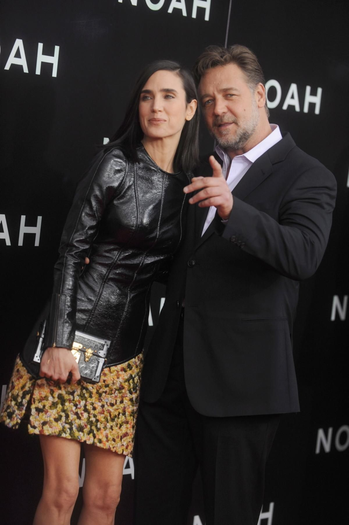 Russell Crowe and Jennifer Connelly - Dating Gossip News Photos