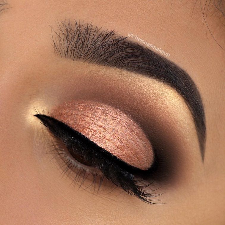 74 Gorgeous Eye Makeup Looks For Day And Evening hudabeauty • rose gold textured palette #makeup #eyemakeup #mua #beauty #eyeshadow