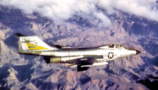 A USAF McDonnell F-101B-110-MC Voodoo from the 29th FIS Great Falls AFB, Montana March 1964.