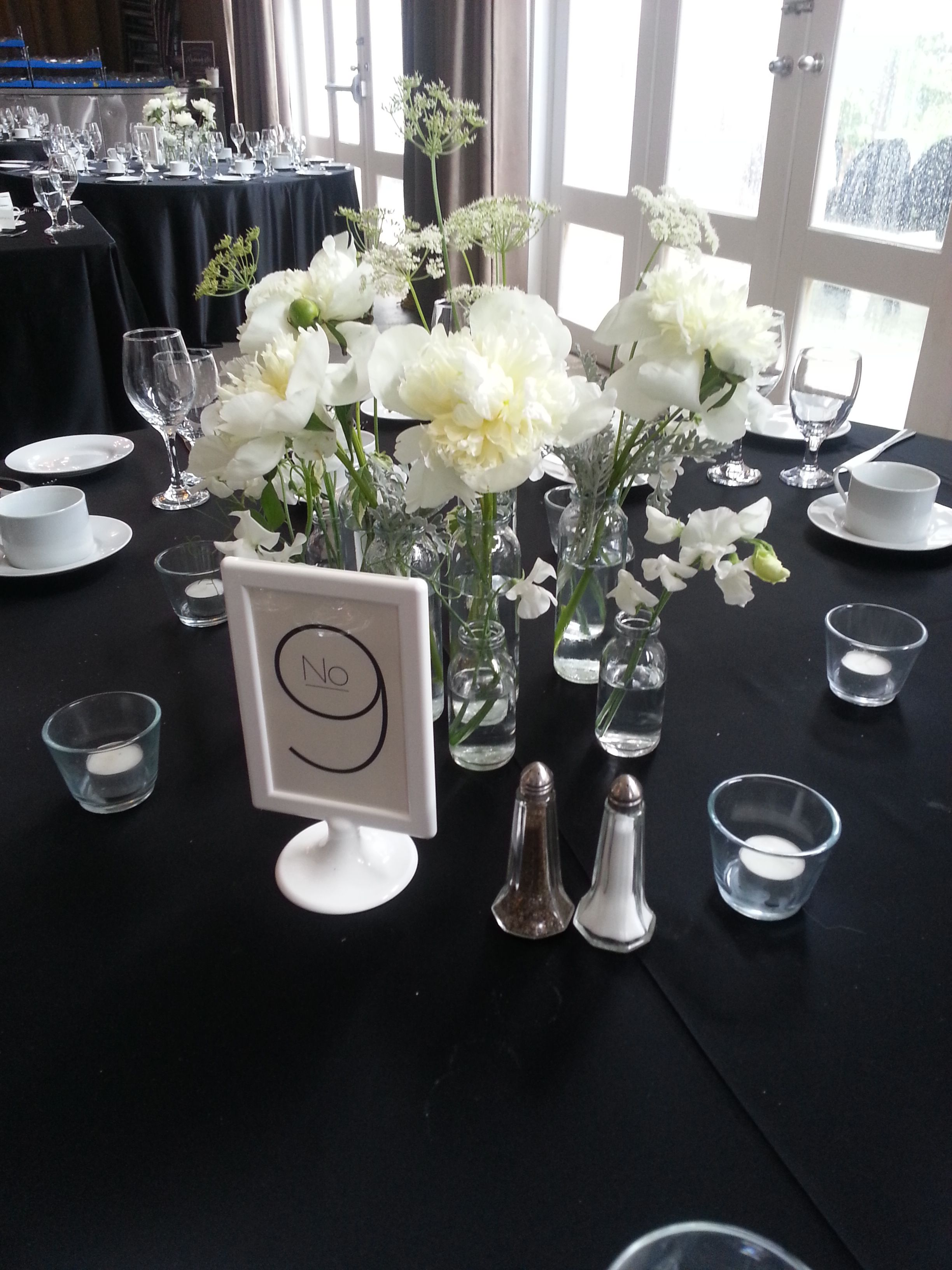 Grouping Of Bud Vases With Sweet Peas Peonies And Queen Ann S Lace Www Convallaria Com Flower Decorations Bud Vases Decor