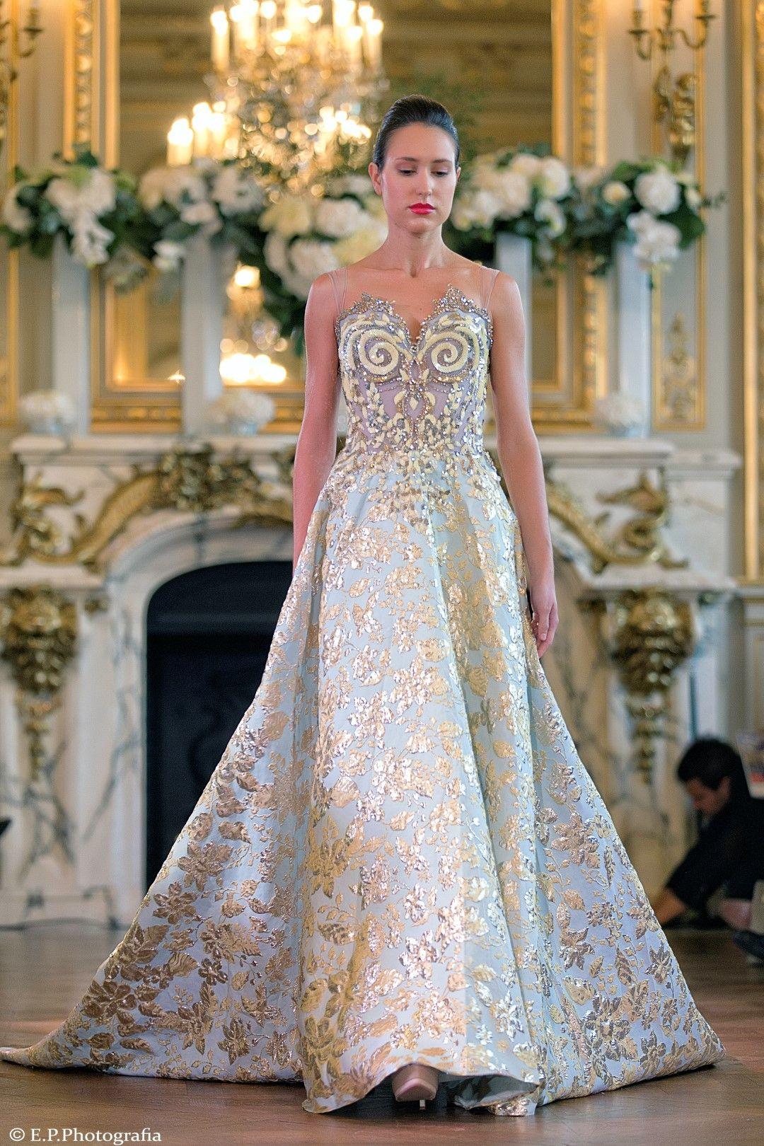 تصميمات ابداعية من المصممة العالمية الاماراتية منى المنصورى Innovative Designs From The Global Designer Mona A Fashion Designer Evening Dresses Evening Dresses