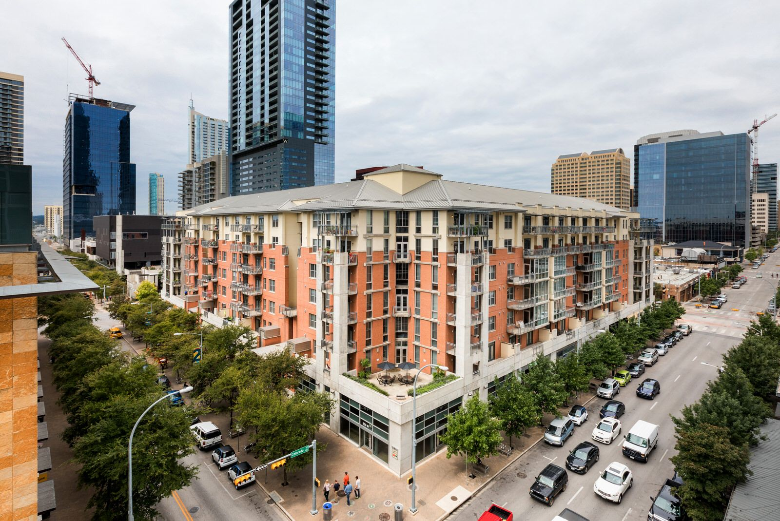 AMLI Downtown has some the best apartments in Austin